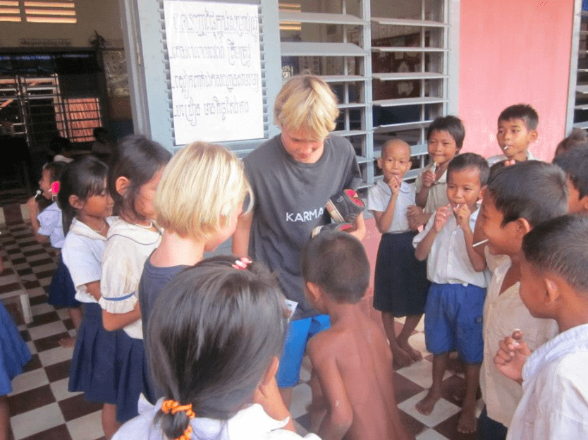 how to raise global children