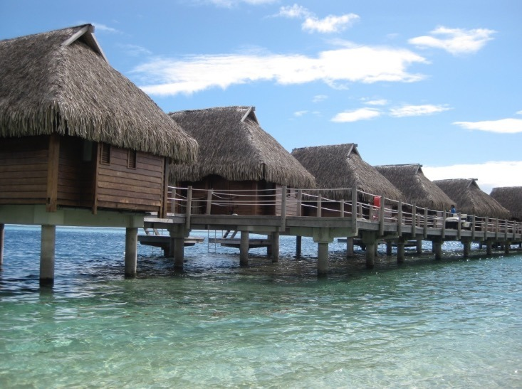 Moorea tahiti with kids and water huts