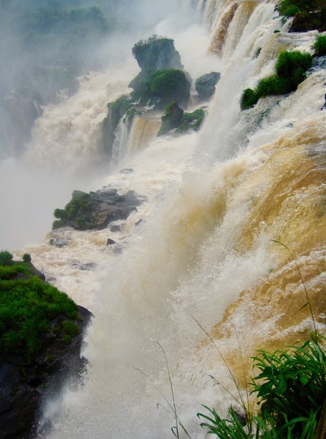 Loud Iguazu Falls in Brazil and Argentina with kids