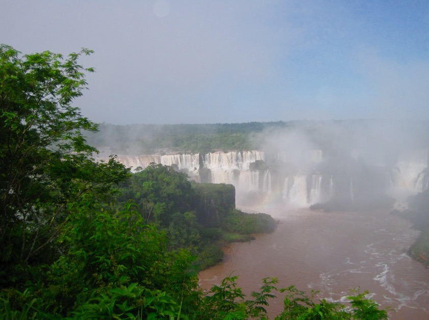 Iguazu Falls in Brazil and Argentina with kids brazil side