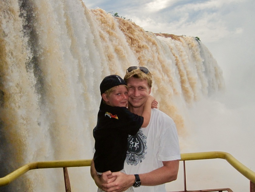 Iguazu Falls in Brazil and Argentina with kids argentinian side