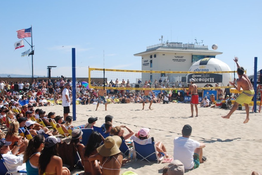 Pro Volleyball in Hermosa Beach