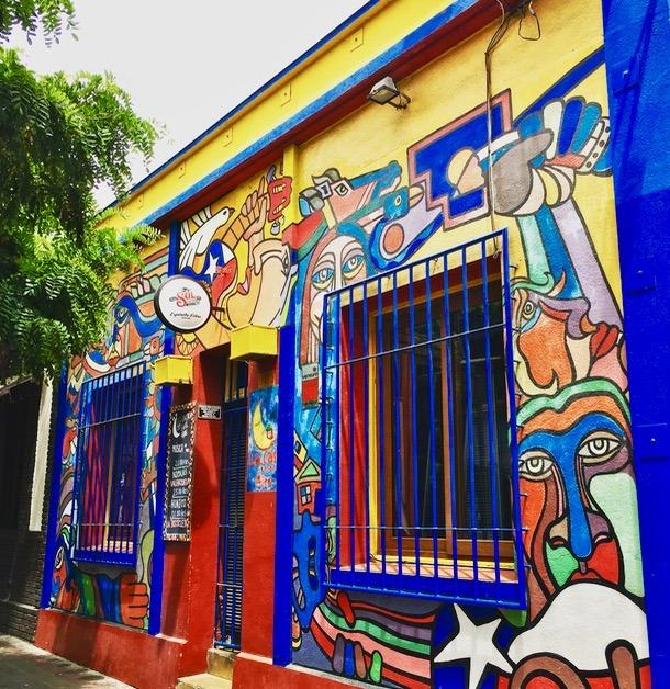 Chile santiago bario brasil art