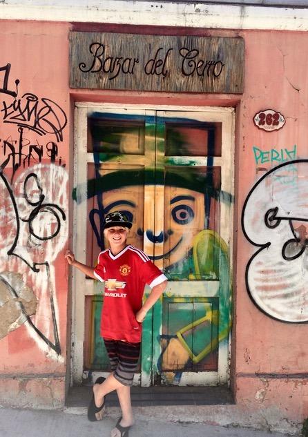 Valparaiso Chile street art with children