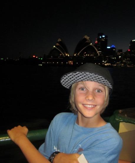 Sydney Australia Opera House at night with kids