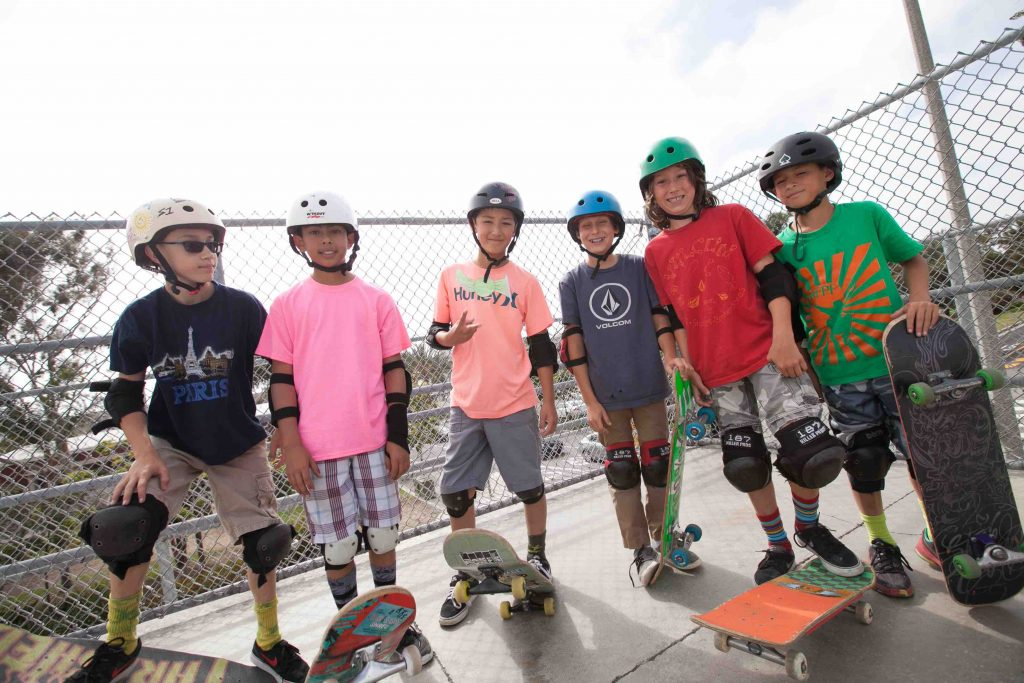 Kids Love to Skateboard...and volunteer! hermosa beach SK8 for the Schools sebastian and julian kuhr