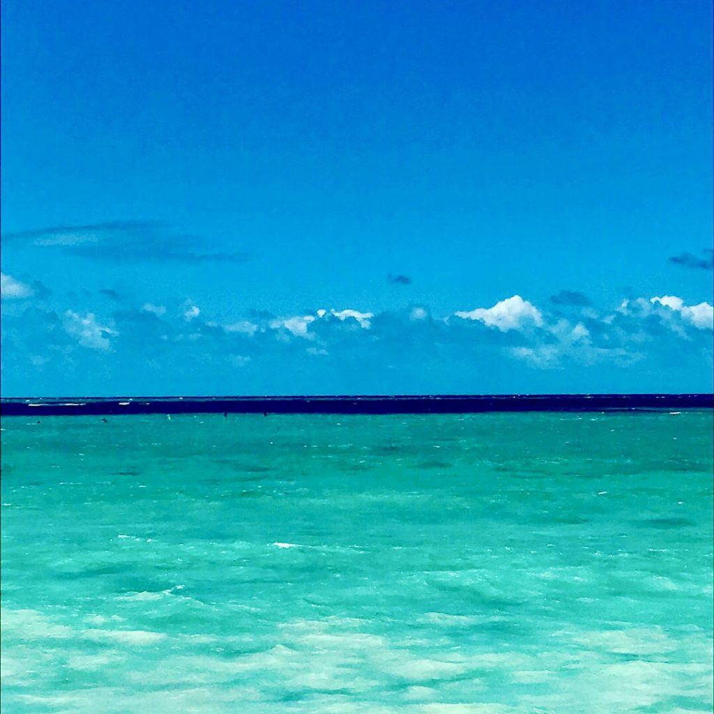 lanakai beach turquoise water