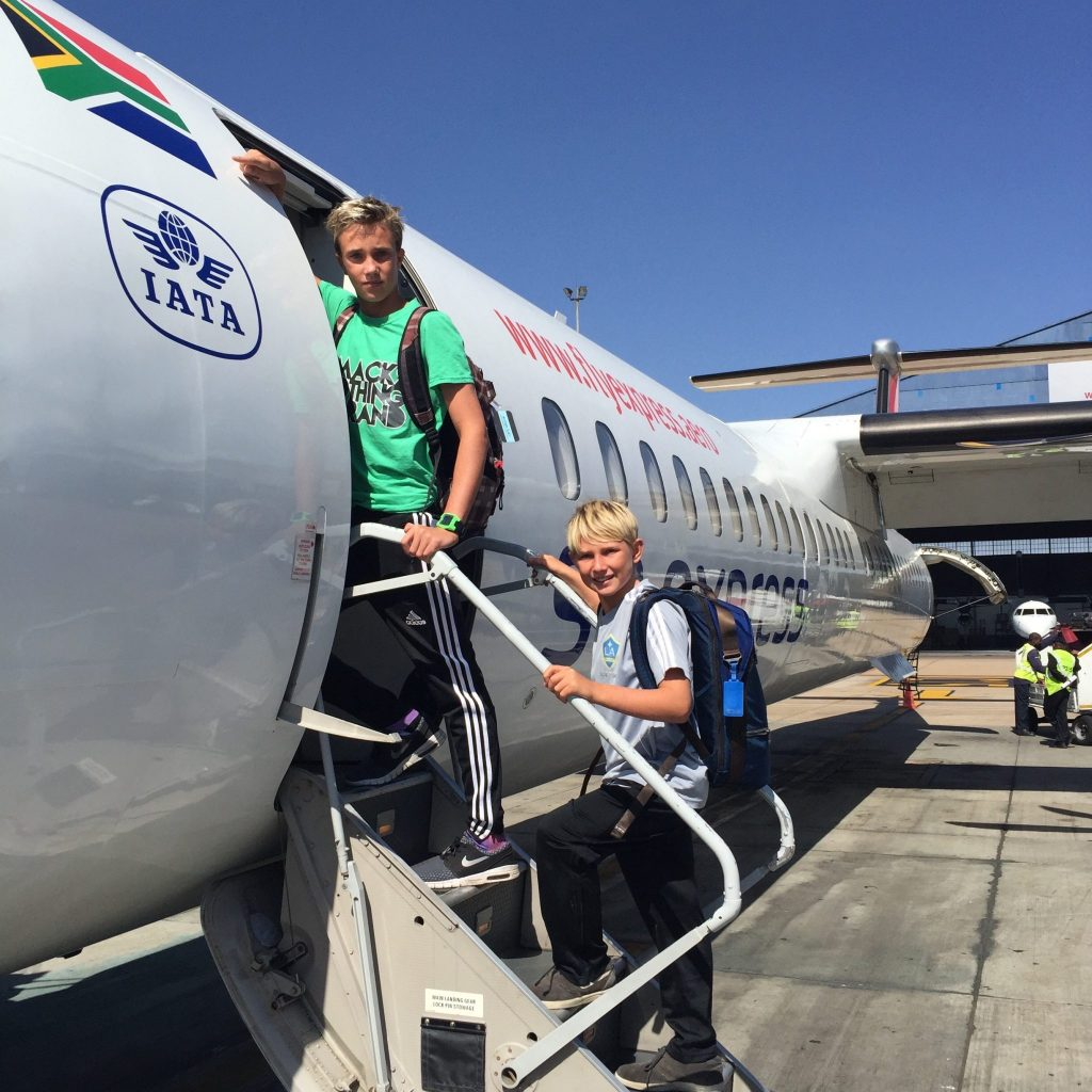 small planes airline travel with kids