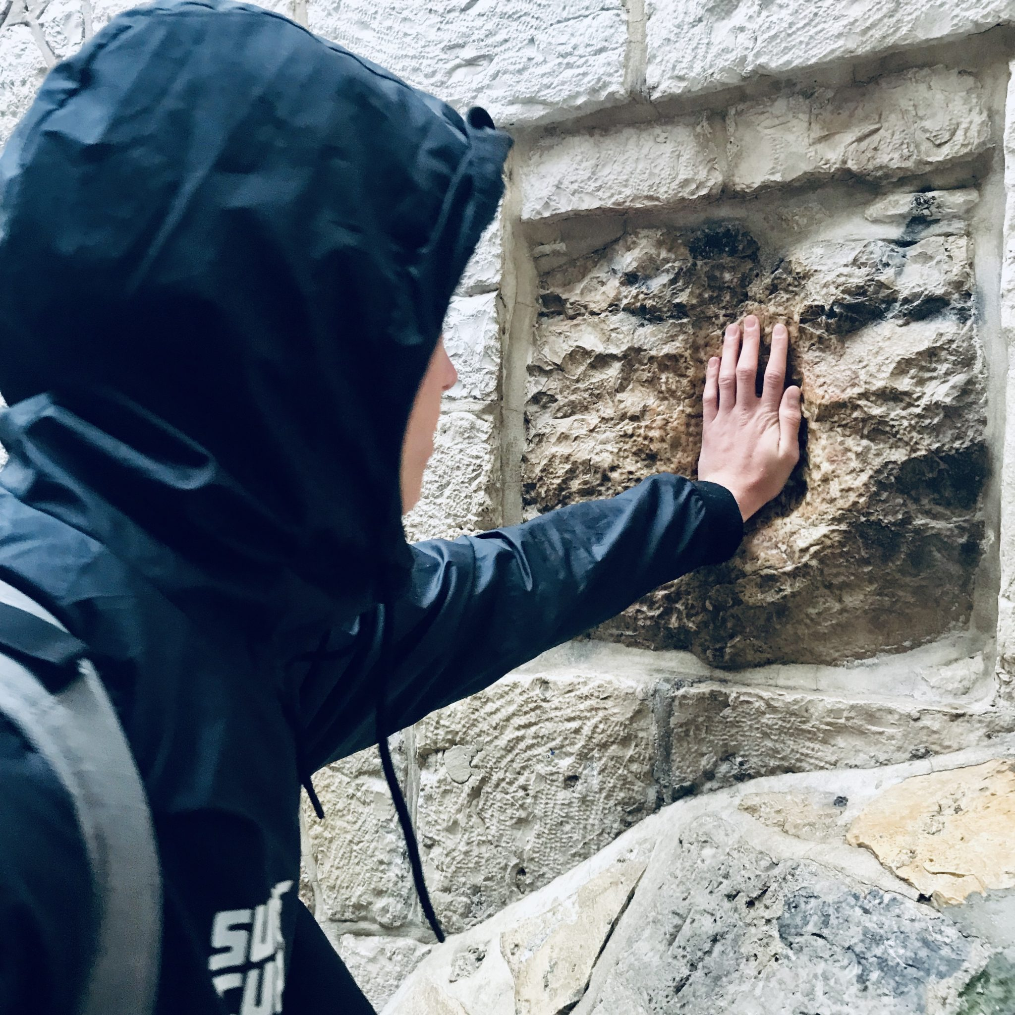 stations of the cross jerusalem via dolorosa