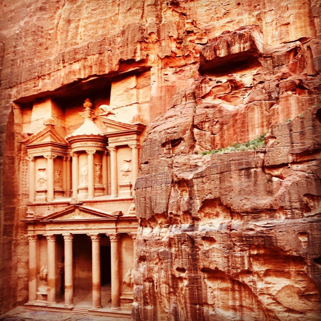 Petra treasury in jordan
