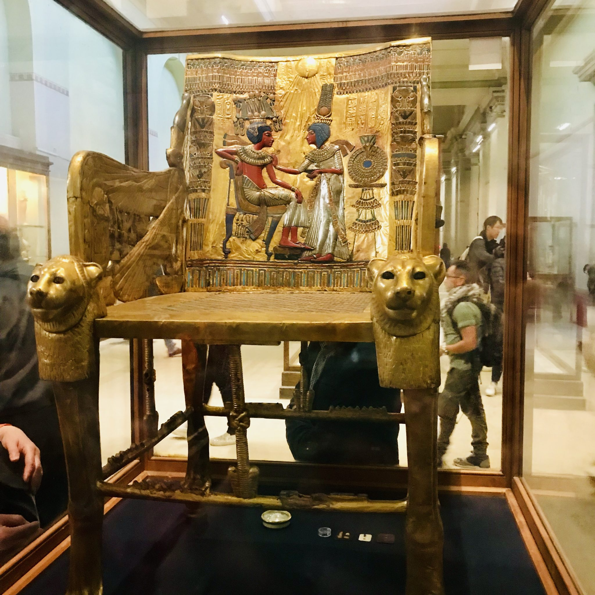 king tut exhibit in cairo egypt
