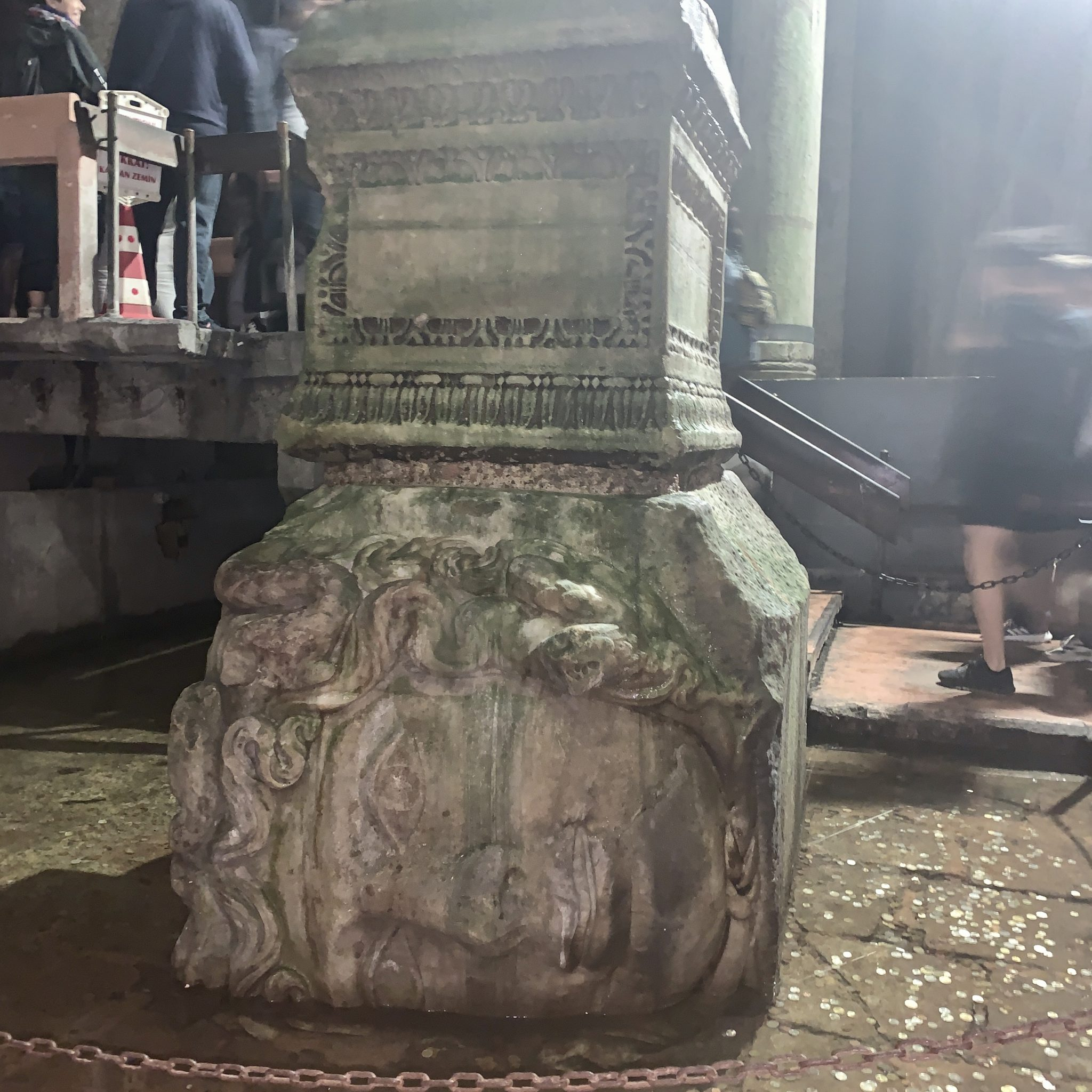 medusa heads basilica cistern