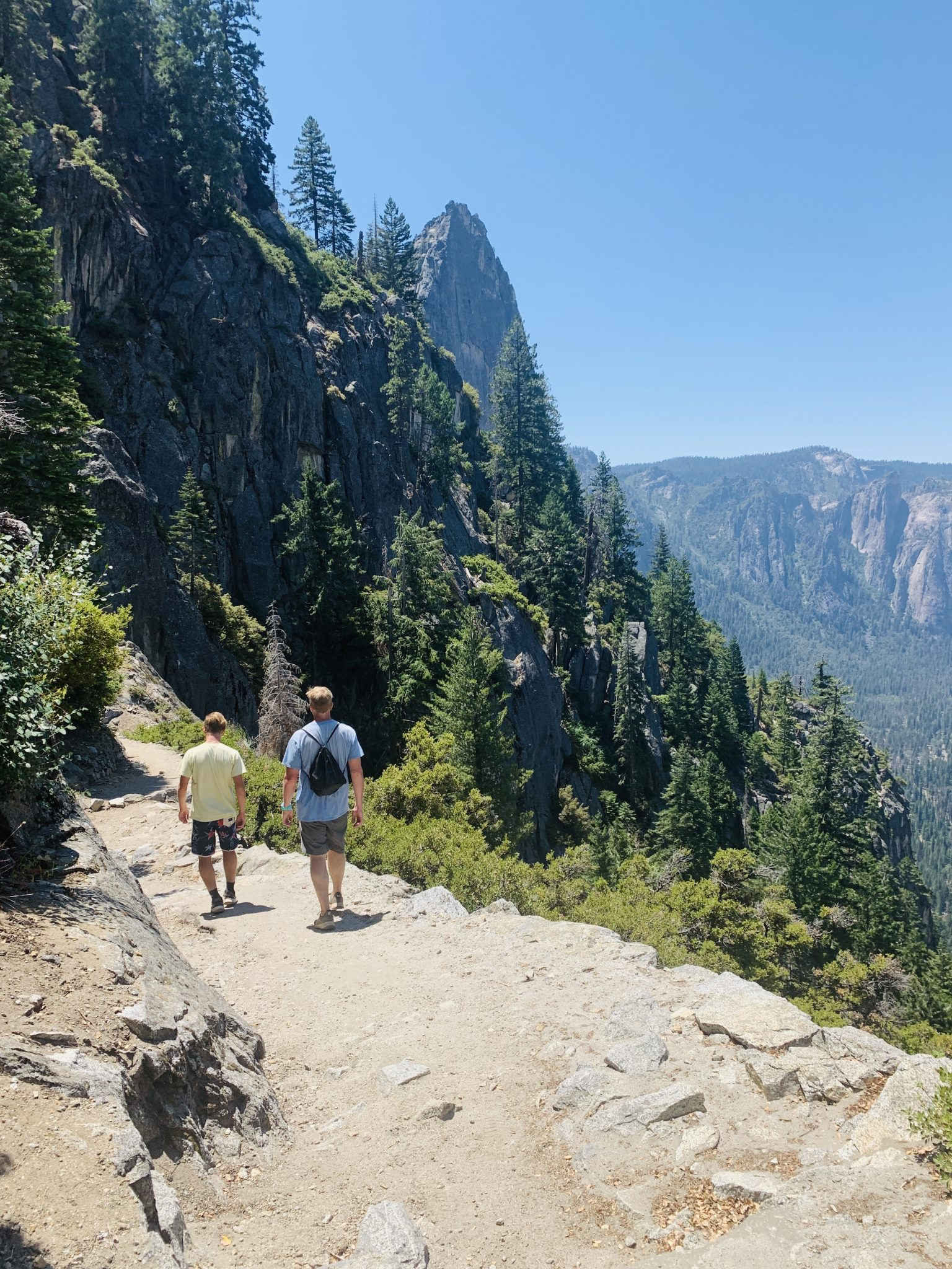 four mile hike in yosemite national park