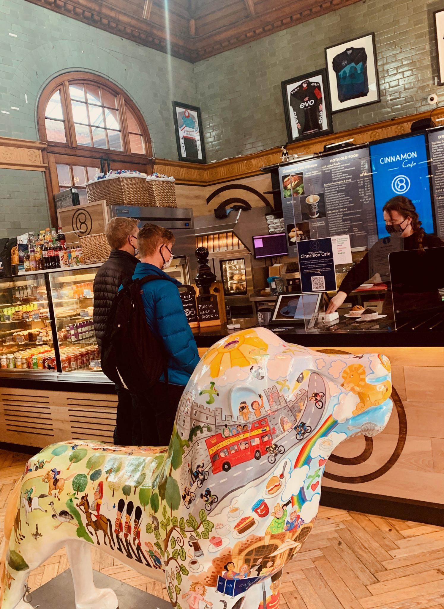 cinnamon cafe in Windsor